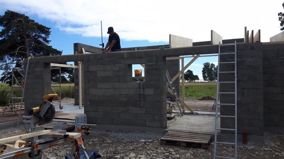 Villan i När börjar ta form som Gotlandsbyggen AB bygger. Fotona är tagna idag... 3
