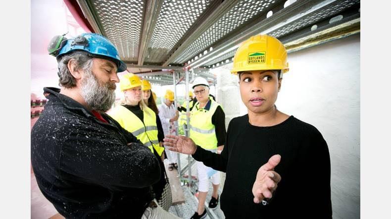 Gotlandsbyggen har idag haft besök av Kultur- och demokratiministern Alice Bah... 3