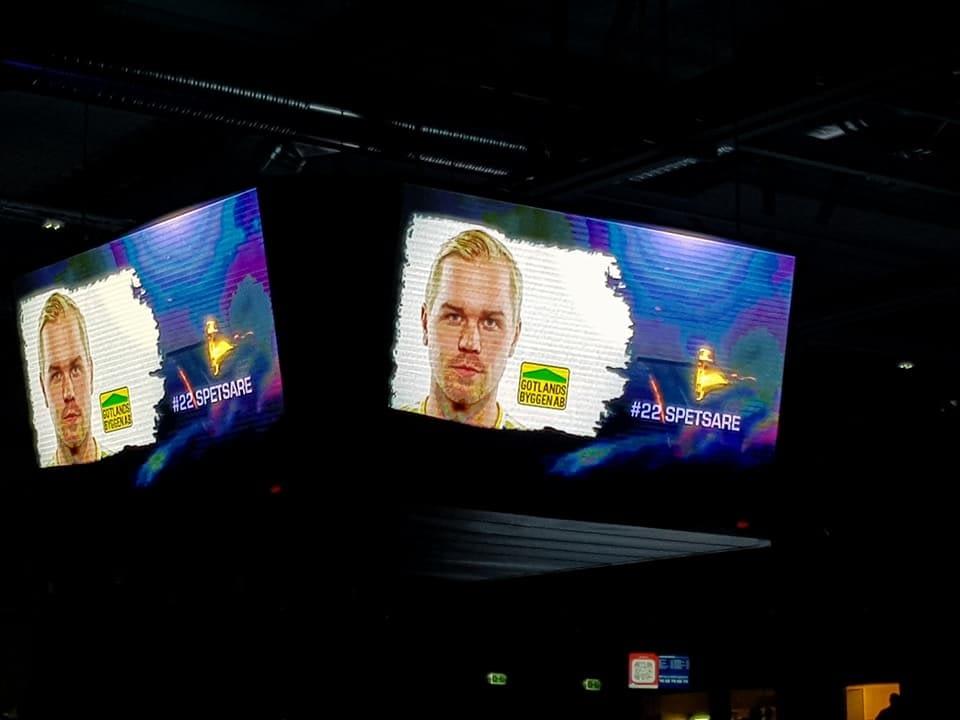 Idag är vi i Ica Maxi Arena och hejar fram Visby IBK och Oskar Spetsare som m... 1