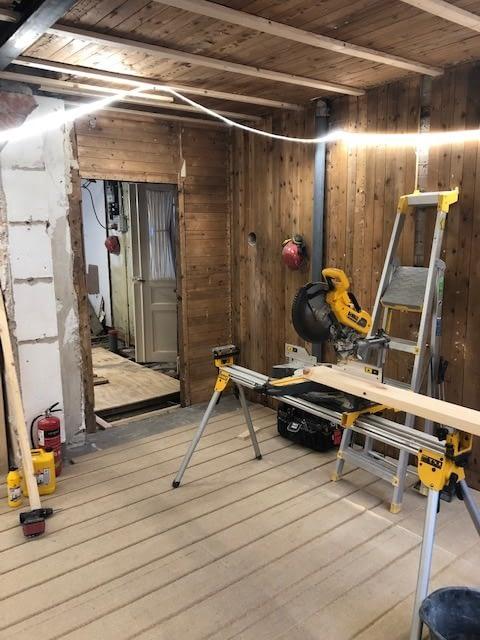 Nu är vi igång med en totalrenovering av ett hus i Innerstan. projektet komme... 5