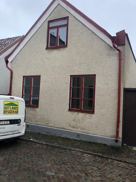 Nu är vi igång med en totalrenovering av ett hus i Innerstan. projektet komme... 1
