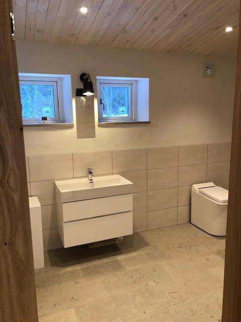 Slutbesiktning av projekt i Ängmans Gammelgarn Nöjd byggherre som snart kan få... 3