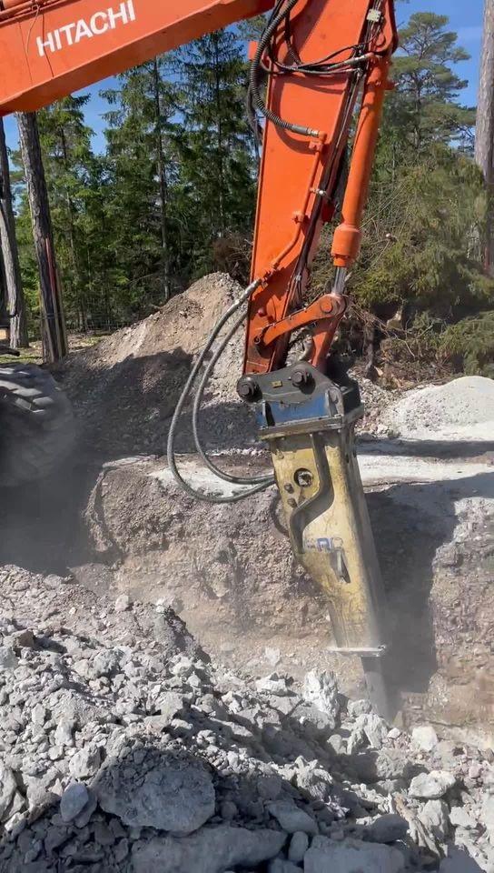 Projektet i Ljugarn är äntligen igång. Här kommer det byggas arkitektritade bygg... 1