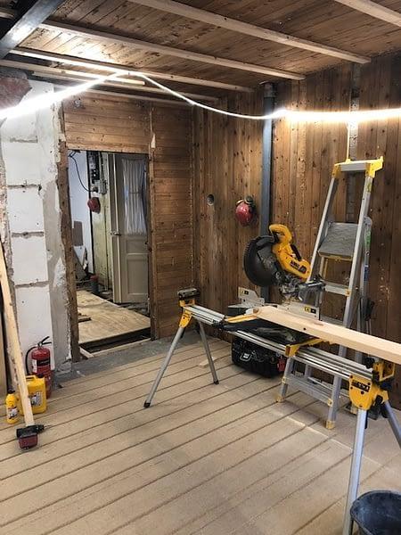 Nu är vi igång med en totalrenovering av ett hus i Visby innerstad. 5