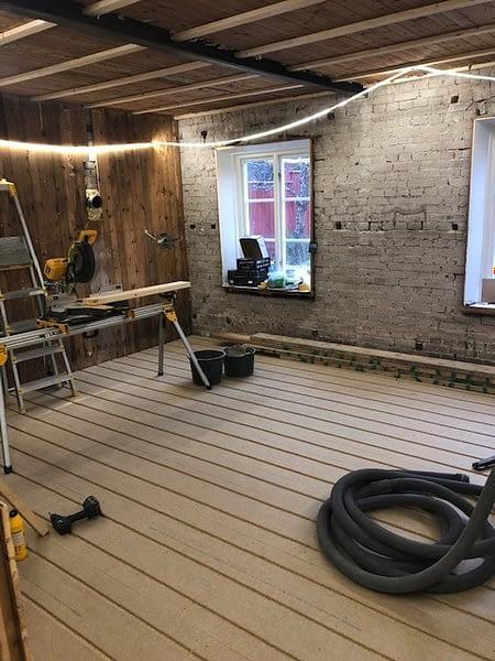 Nu är vi igång med en totalrenovering av ett hus i Visby innerstad. 3