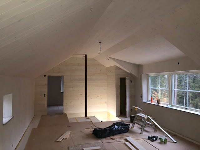 Huset i Gammelgarn går in i slutskedet och kan inom kort lämnas över till nöjd... 4
