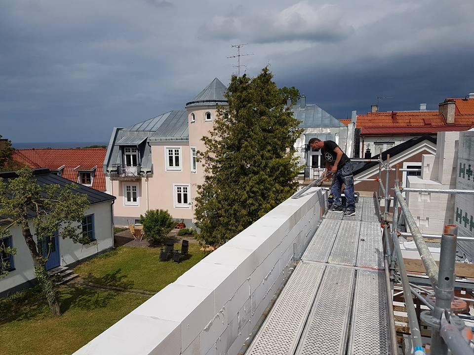 Villaprojektet Ringaren 4 i Visby har startat med rasande fart. Villan skall s... 2