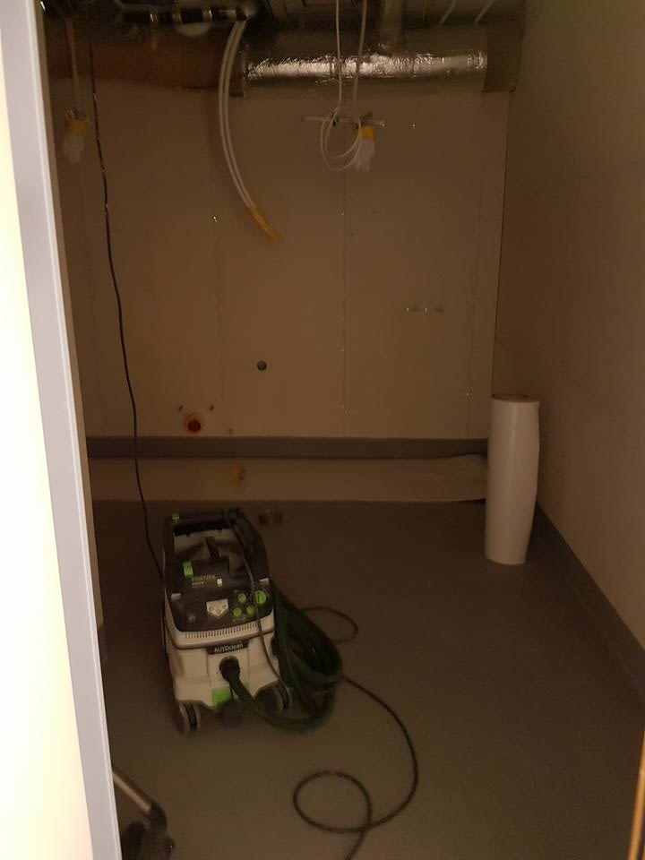 Här kommer lite bilder på renoveringen nere på infektionskliniken Lasarettet. ... 3