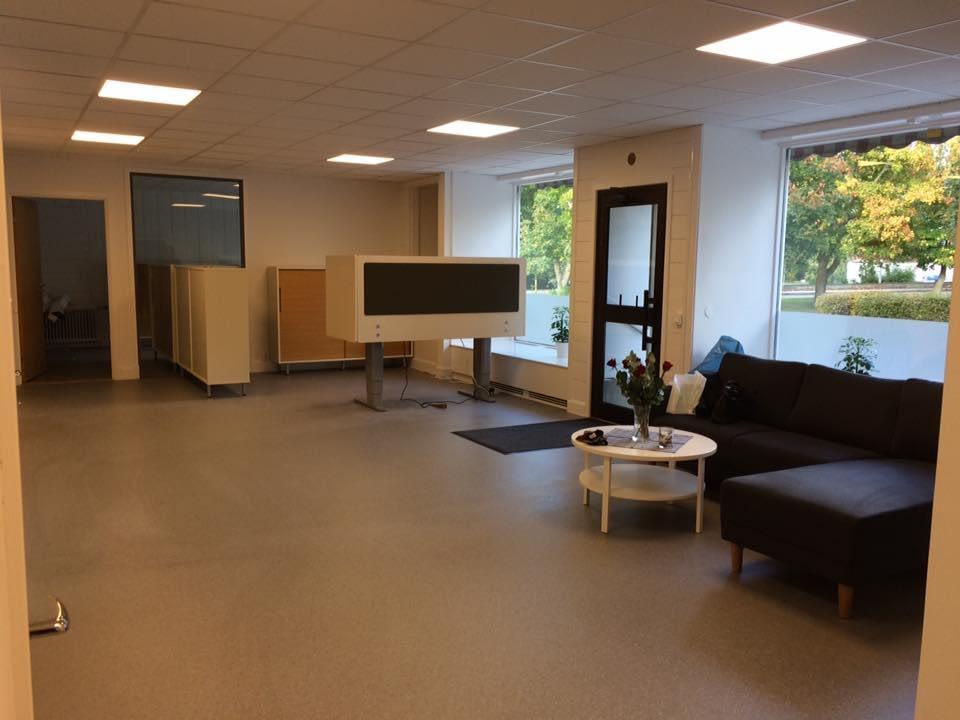 Hoppas ni tittar in till oss idag och se hur det nya kontoret ser ut. Vi finns... 2