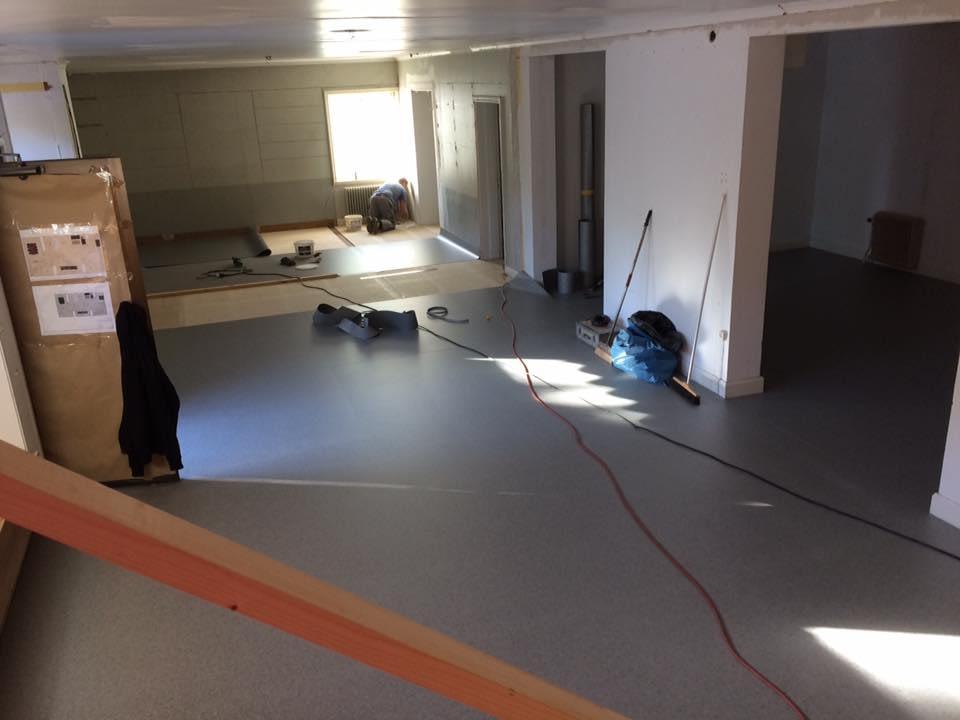 Nya kontoret i Hemse börjar ta form. Gotlandsbyggen AB flyttar in i de nya lok... 2