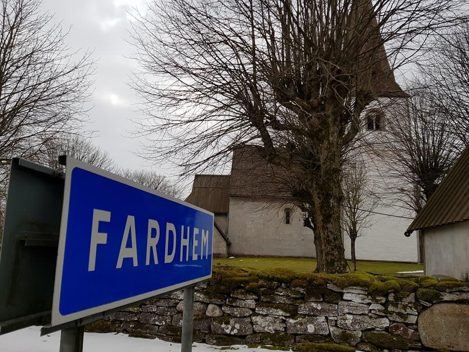 Nu är vi igång med restaurering av Fardhem kyrka. Riktigt roligt att Gotlandsb... 1