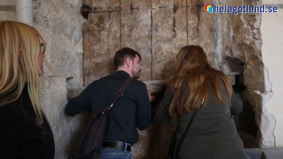 Restaureringen av Alva Kyrka pågår för fullt. Här kan läsa mer om hur det går.... 1